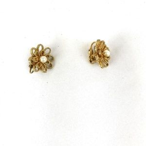 Vintage Gold And Pearl Flower  Clip On Earrings